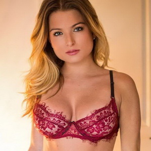 Zara Holland leaked videos