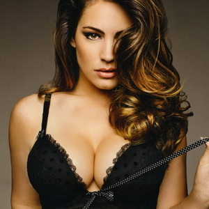 Kelly Brook leaked video