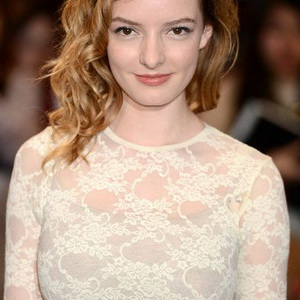 Dakota Blue Richards leaked pics